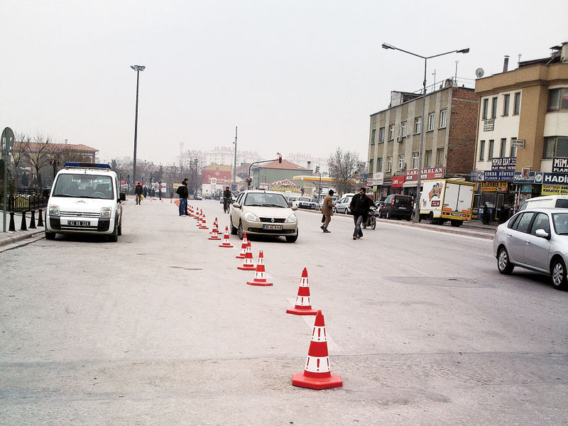 Trafik Konisi